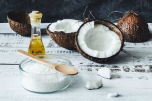 Remove Waterproof Mascara with Coconut Oil – Exclusive Benefits